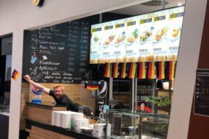 deutscher frischer leckerer günstiger billiger Schnitzel Berlin